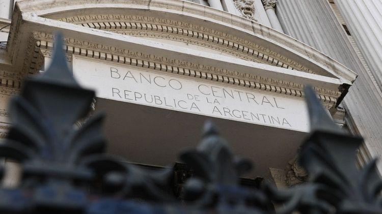Fachada-Banco-Central-6.jpg