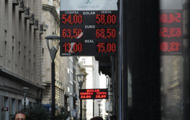 el-dolar-se-mantiene-estable___ar0ic2xO1_1256x620__2.jpg#1568472391610